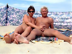 Real sex on the beach, hidden camera